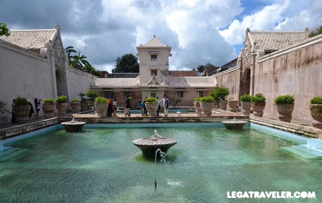 sultan palace yogyakarta