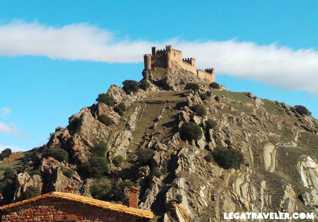 castillo riba de san tiuste