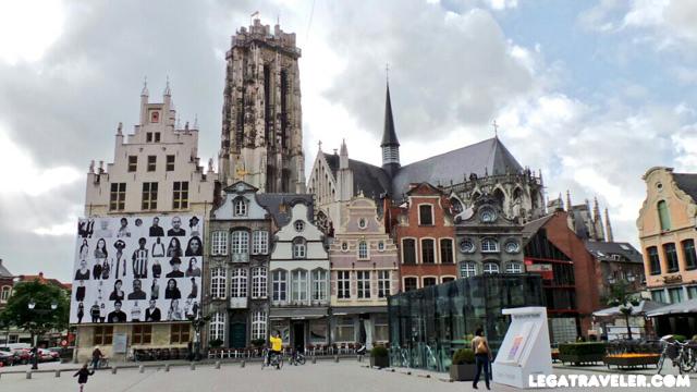 Plaza Mayor de Malinas Bélgica (Grote Markt Mechelen)