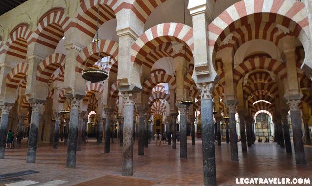 mezquita-catedral-de-cordoba-columnas-interior