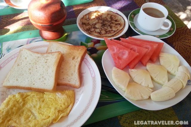 hotel-bagan-desayuno