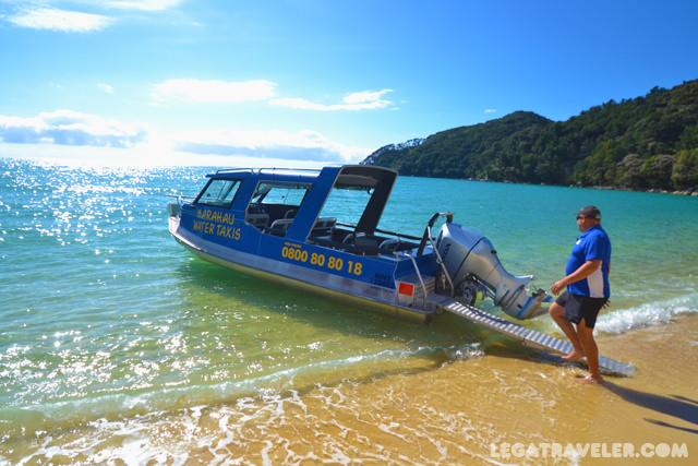 water-taxi-abel-tasman