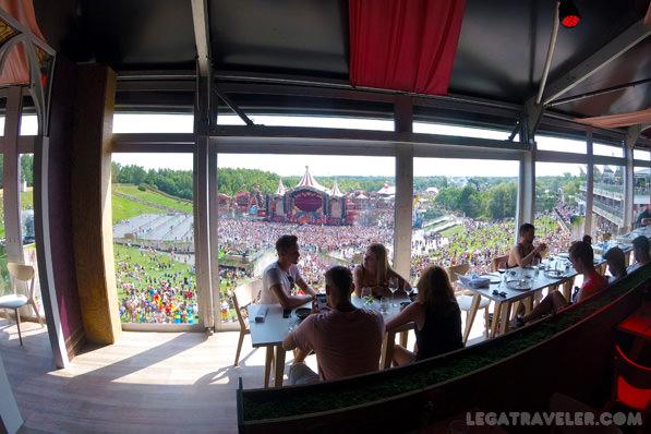 tomorrowland-restaurante-reservar-vistas-main-stage
