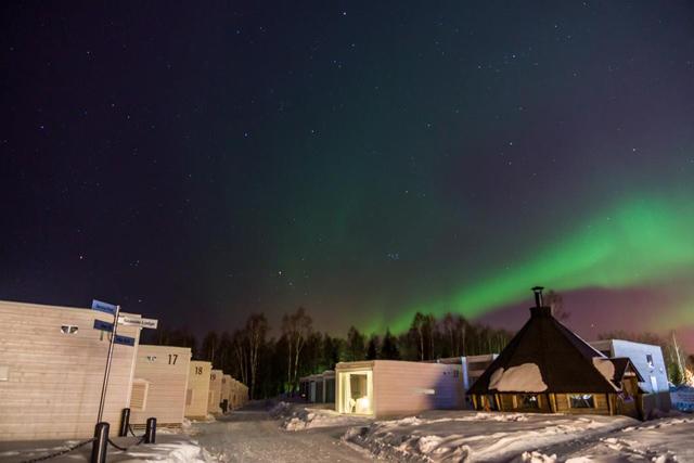 seaside-glass-villa-hotel-kemi-aurora-boreal