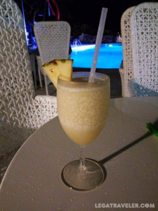 hotel-bahia-principe-luxury-samana-piña-colada