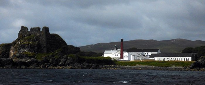 Lagavulin Distillery with Dunyvaig Castle