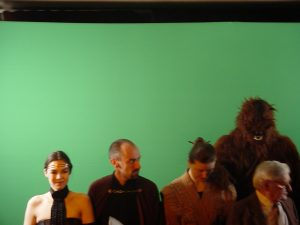 Photo de groupe  : Leia, un Jedi, Chewie, Roger Carel...