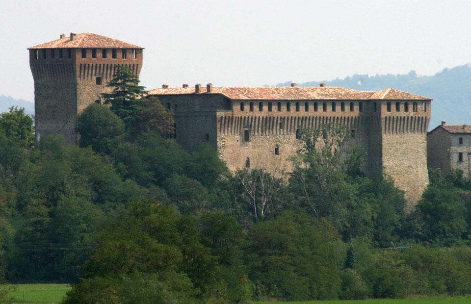 Risultati immagini per castello varano melegari