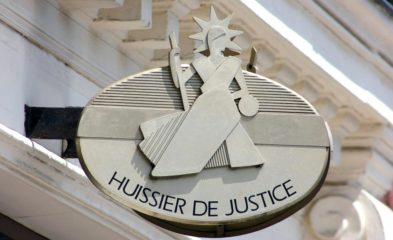 Détective privé et huissier de justice : des professions complémentaires pour l'entreprise