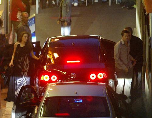 Photos : Angelina Jolie et Brad Pitt arrivent à Cannes