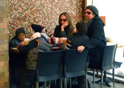 Angelina Jolie - Brad Pitt - famille