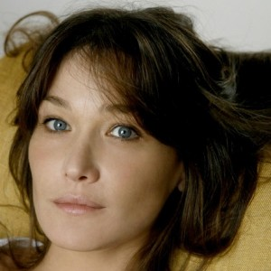 Carla Bruni -Brothers - Sisters