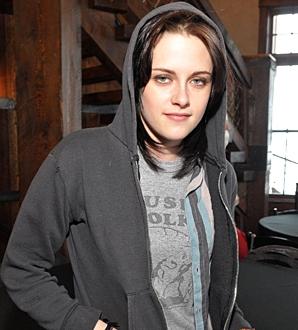 Kristen Stewart -Dakota Fanning- Photos