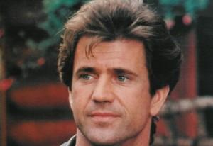 Mel Gibson-Cigarette