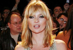 Kate Moss nue Vogue