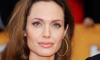 Angelina Jolie Chelsea Handler