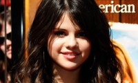 Selena Gomez Mark Salling