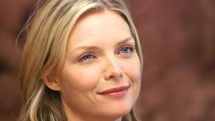 Michelle Pfeiffer en vampire face Johnny Depp- Ça se confirme