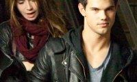 Twilight 4- Taylor Lautner et Lily Collins débarquent à Los Angeles