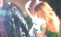 Ashley Greene- Découvrez la main dans la main avec son nouveau chéri