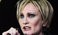 Patricia Kaas songe à l'adoption
