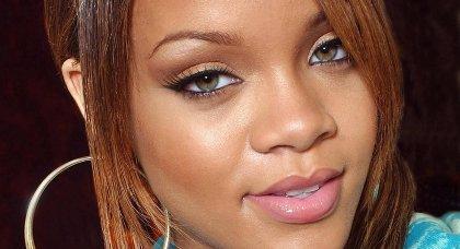 Rihanna et Colin Farrell- Surpris ensemble dans un resto de L.A