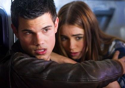 Taylor Lautner et Lily Collins Abduction