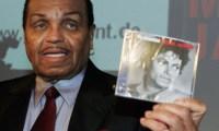Joe Jackson lance le parfum Michael Jackson à Cannes