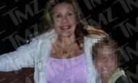 Mildred Patricia Baena couverte de cadeaux par Arnold Schwarzenegger