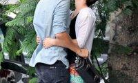 Emma Watson et Johnny Simmons baiser