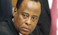 Conrad Murray médecin Michael Jackson maltraité prison
