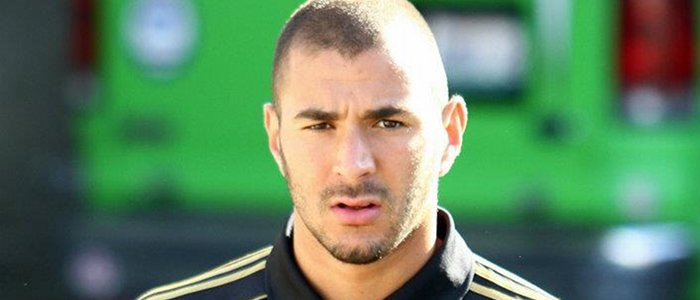 karim benzema verse 3 millions une mosqu e. Black Bedroom Furniture Sets. Home Design Ideas