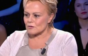 Muriel Robin compare Anne Le Nen Angelina Jolie