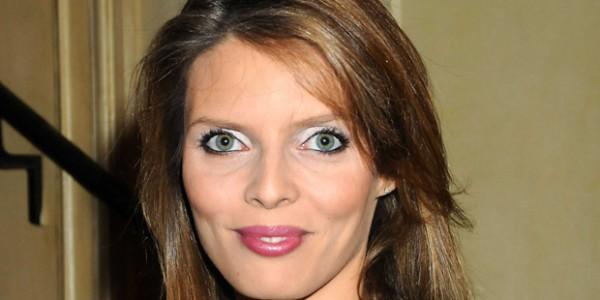 Sylvie Tillier sort avec un beau brun de 37 ans