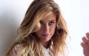 Amber Heard pot de collep