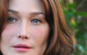 La mere de Carla Bruni, Marisa Bruni-Tedeschi scandalisee par le traitement reserve à son gendre