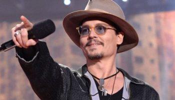 Séparé de Vanessa Paradis, Johnny Depp loin d'un « sex-symbol »