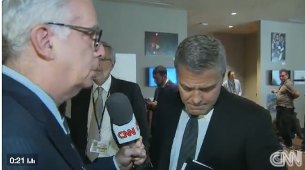 George Clooney apprend en direct le divorce de Brad Pitt ...