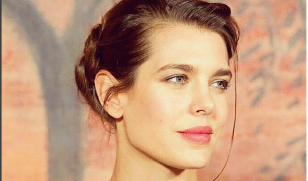 Charlotte Casiraghi sublime Musée de l'art moderne de Paris