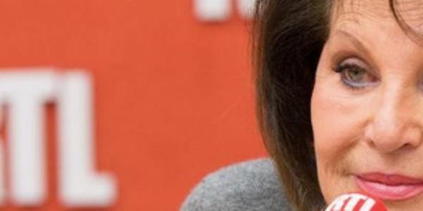 Marie Sol Le Jetée Est La Femme AgressionElle Au Jean De PenTerrible E9HID2