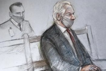 Julian Assange et notre droit de savoir : défendu par le métier, combattu par la profession.  -- Viktor DEDAJ