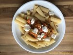 Rigatoni mit vegetarischer Bolognese***