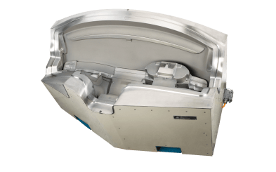 Für den Automobilbereich hat Galvanoform beispielsweise Formen für Instrumententafeln hergestellt. Hier sind Oberflächen mit Leder- oder technischer Narbe gefragt. (Quelle: Galvanoform)