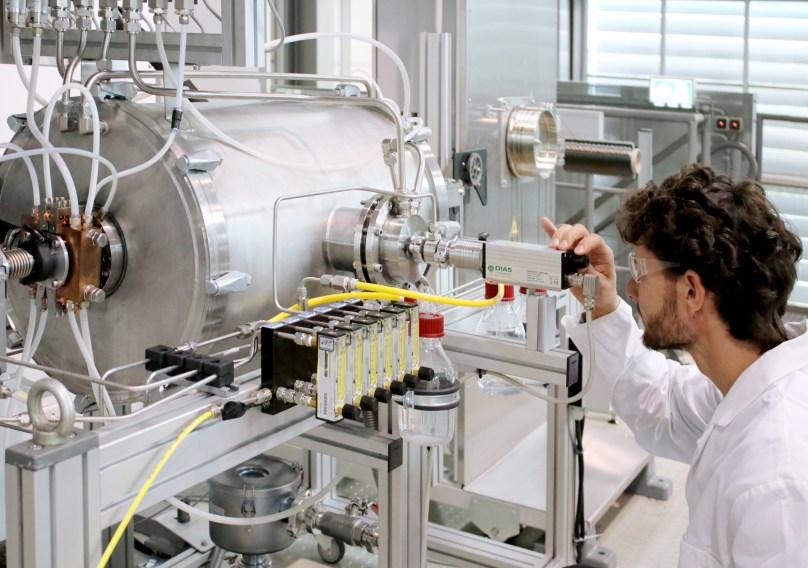 Carbonfaser-Ofen (Quelle: Fraunhofer IAP)