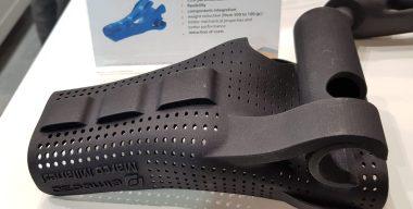 Individuelle Prothese für einen Handbike-Champion - Gewichtsreduktion 80% (Quelle: Leichtbauwelt | ck)