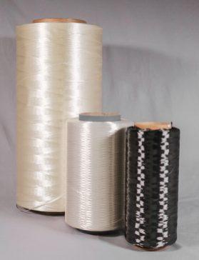 Grüne Hochleistungsfasern: Bei der Faserherstellung aus nachwachsendem Präkursormaterial mit dern centrotherm Niederdruckverfahren lässt sich die CO2-Emission um mehr als ein Viertel reduzieren. (Quelle: Centrotherm)