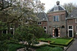 Hortus, hofjes en High Tea in Leiden