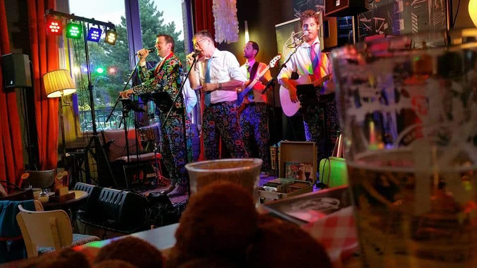 Zingen en dineren in Leiden