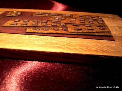 City of Gold - Disegno in Rilievo - Handmade with Fimo - le INsolite Cose - www.leinsolitecose.com (3)