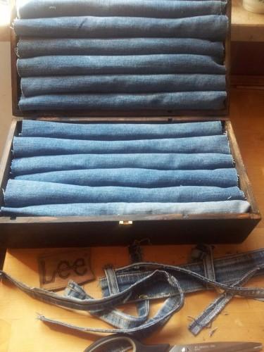 DIY display per anelli - scatola in legno per vini e jeans - Le InSolite Cose